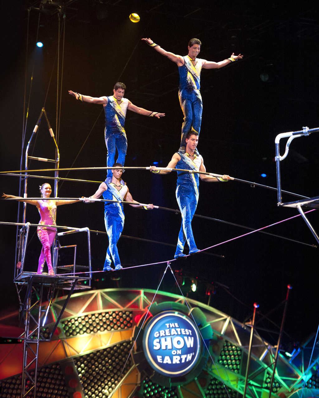 Ringling Bros. and Barnum & Bailey ® Presents Built To Amaze Giveaway! #ChiRingling