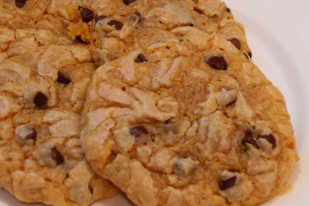Mariano's Healthy Living:  Gluten Free Peanut Butter Chocolate Chip Cookies