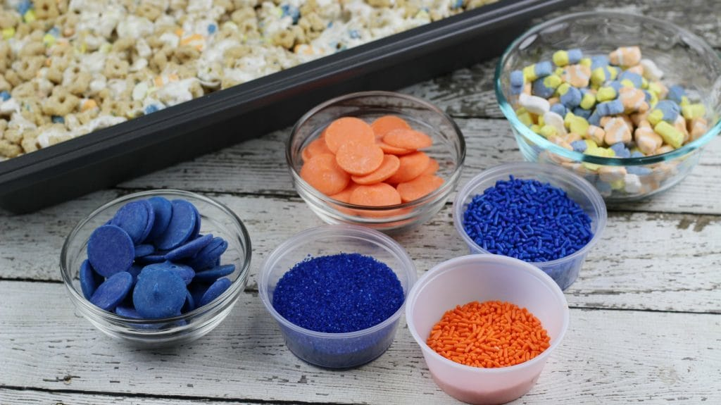 finding-dory-marshmallow-treats-process-3