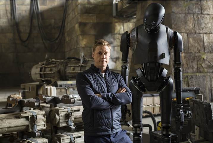 ROGUE ONE: A STAR WARS STORY – New K-2SO Featurette Now Available