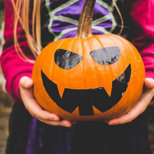 7 Spooky Decoration Ideas