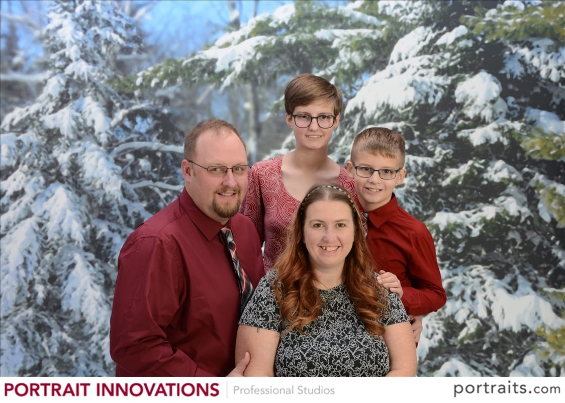 Say cheese!  Taking your holiday photos at Portrait Innovations